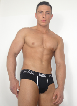 alesandro_Mark7Gear_black_brief